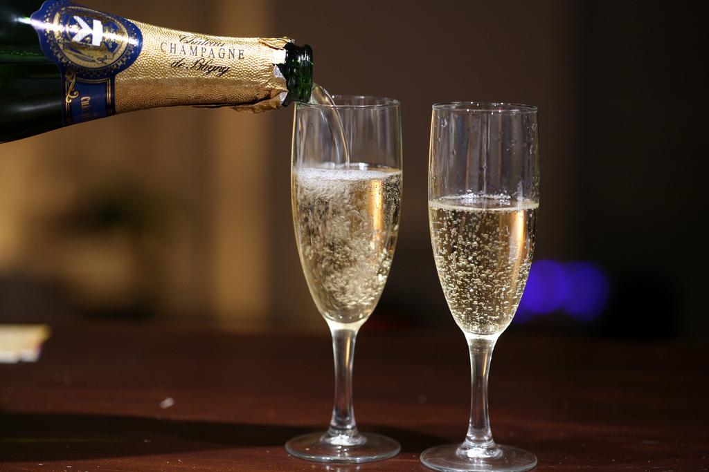 champagne-anniversary-artinsights